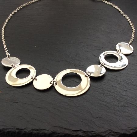 Seven circles necklace