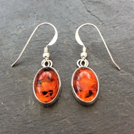 Amber dangle earrings - medium