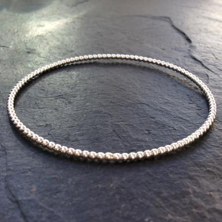 Rounded pattern bracelet