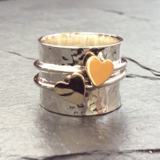 2 Gold hearts spinning ring