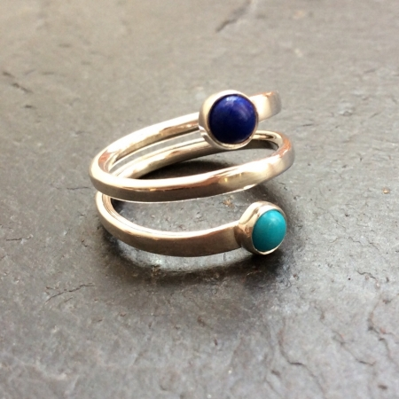 Colours of the sea spiral ring