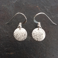 Dangle disc earrings