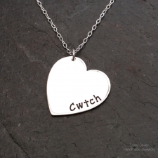 Cwtch heart necklace