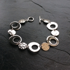 Irregular circles bracelet